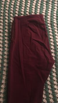 Maroon dress pants  Toronto, M2R 3N7