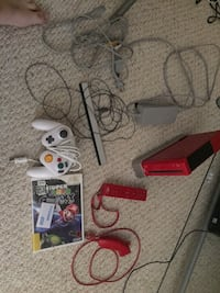 Red Nintendo Wii with game and extra Fairfax, 22030