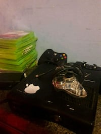 Xbox 360 we all the games  Glenarden, 20706