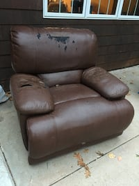 brown leather recliner sofa chair East Gull Lake, 56401