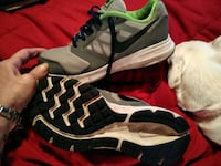 pair of gray-and-black running shoes North Pekin, 61554