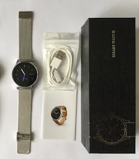 Smartwatch Bluetooth Microphone HearRate Pedometer PhoneCalls Messages, Alerts, Notifications + 1 extra new leather strap black  worn a couples of times Mont-Royal, H3R 1G7