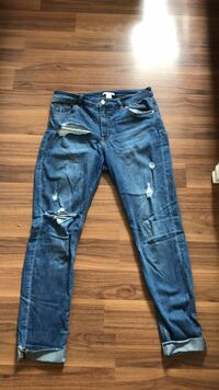 H&M ripped jeans Windsor, N8P 1Y8