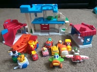 toddler's assorted toys Westmont, 60559