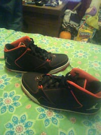 A nice pair of jordans for sale size 13 for $25.00 Martinsburg, 25405