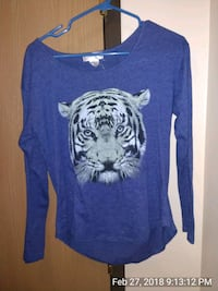 blue tiger graphic scoop-neck long-sleeved shirt Fargo, 58104