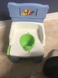 Winnie the Pooh and friend potty trainer with realistic flush sounds Vaughan, L4H 0G5