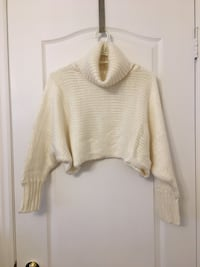 Fashion nova size small cropped cowl neck sweater  Vaughan, L6A 2L6