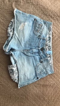 Shorts courts en denim bleu Vaucresson, 92420