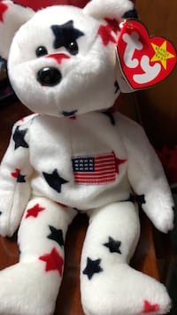 white and red bear plush toy Highland, 20777