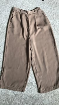 gray and black track pants Mississauga, L5L 5H8