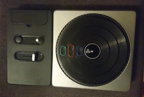 Dj Hero Oyun + Wireless Turntable.