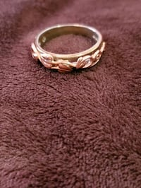 Rose gold and silver Welch made ring Stafford Courthouse, 22556