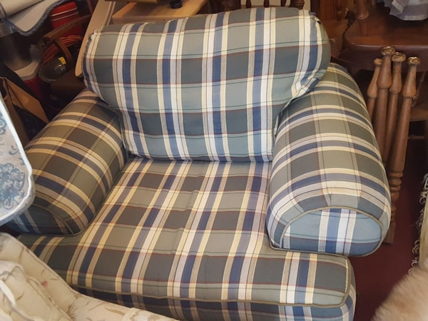 gray and blue striped sofa chair
