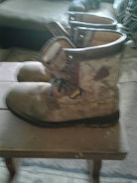 pair of brown work boots Decatur, 35601