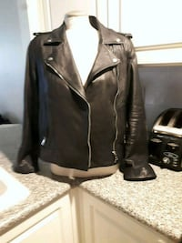 B.N.W.T banana republic leather jacket  Surrey, V3W 4Z5