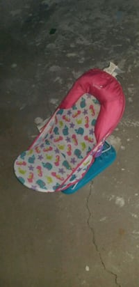 baby's pink and blue Summer bather Kaysville, 84037