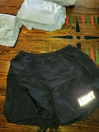 Army PT Shorts; Size Medium Vine Grove, 40175