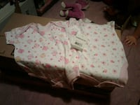 BNWT Soft and Adorable Newborn Girl's Onesies Victoria, V8T