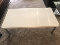 Rectangular white coffee table Inver Grove Heights, 55077