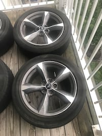 gray 5-spoke car wheel with tire set Ashburn, 20147