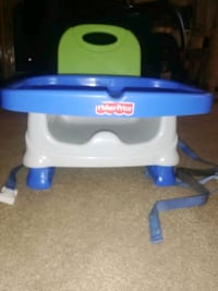 Fisher price feeding /booster chair  London, N5W