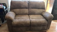 Reclining sofa and love seat Elkridge, 21075
