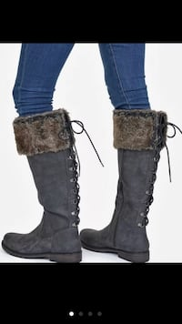 Grey Boots with Fur NIB Women's Size 7.5 Woodstock, 30188