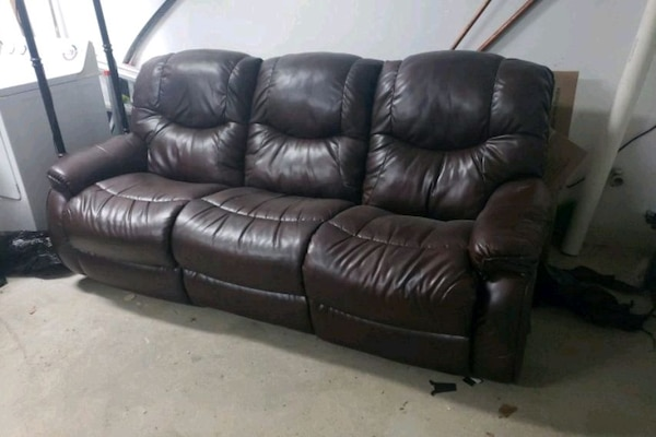 Lazyboy Recliner sofa leather