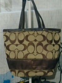 Brown Coach purse Akron, 44312