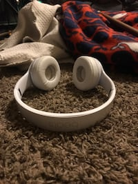 wirrless  solo3 beats Minneapolis, 55411