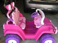 Ride on toy battery operated (pink Jeep) Mine Hill, 07803