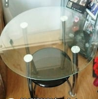 Set of 2 round end tables Winnipeg, R3B 1T4