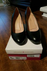 Womens  blk shoes-naturalizer size 9 Mississauga, L5R 1T9
