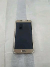 Samsung galaxy S6 32gb Gold.  Severn, 21144