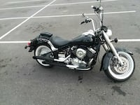 Yamaha v star 650cc runs great!