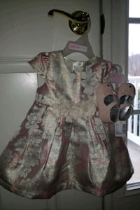 Baby Girl's Dress and Shoes Point of Rocks, 21777