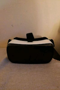 black and white VR goggles Worcester, 01605