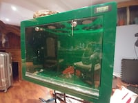 Acrylic reptile enclosure with accessories Toronto, M6A 1R9