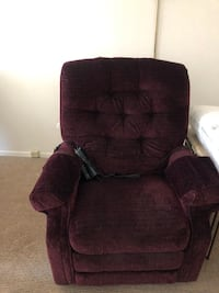 Recliner chair with with electrical control Cliffside Park