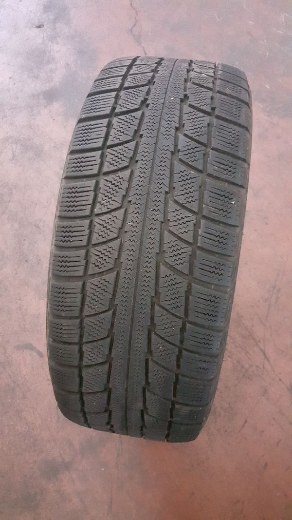 4 Gomme invernali 225 - 45 - R17