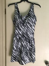 New with tags Size 22 49 mi