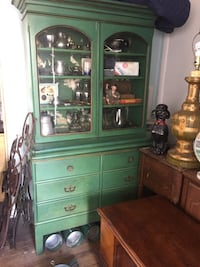 China cabinet / hutch -vintage possibly antique
