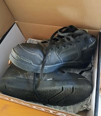 Steel toed work boots Size 9.5 CALGARY