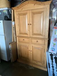 Pottery Barn Cabinet/armoire Los Angeles, 91604