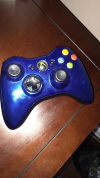 Xbox 360 controller limited edition great condition blue chrome
