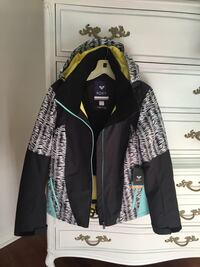 New With Tags Roxy Winter/Ski/Snowboard Jacket Easley, 29642
