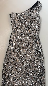 Woman's silver sequin cocktail dress( brand new tag on) Milton