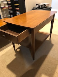 Solid wood coffee table with two end tables Herndon, 20171