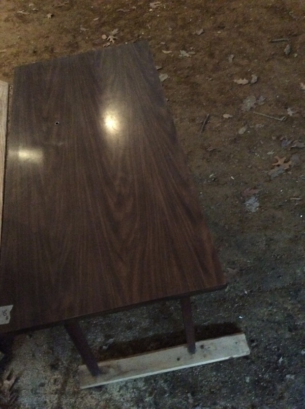 Wooden laminate table